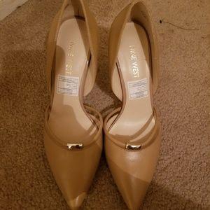 Beautiful cream nude shoes